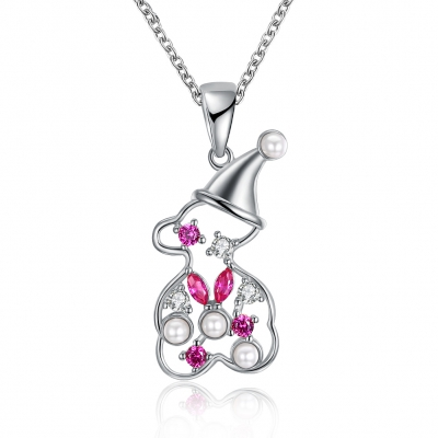 A Zircon Christmas Necklace with A Snowman Necklace